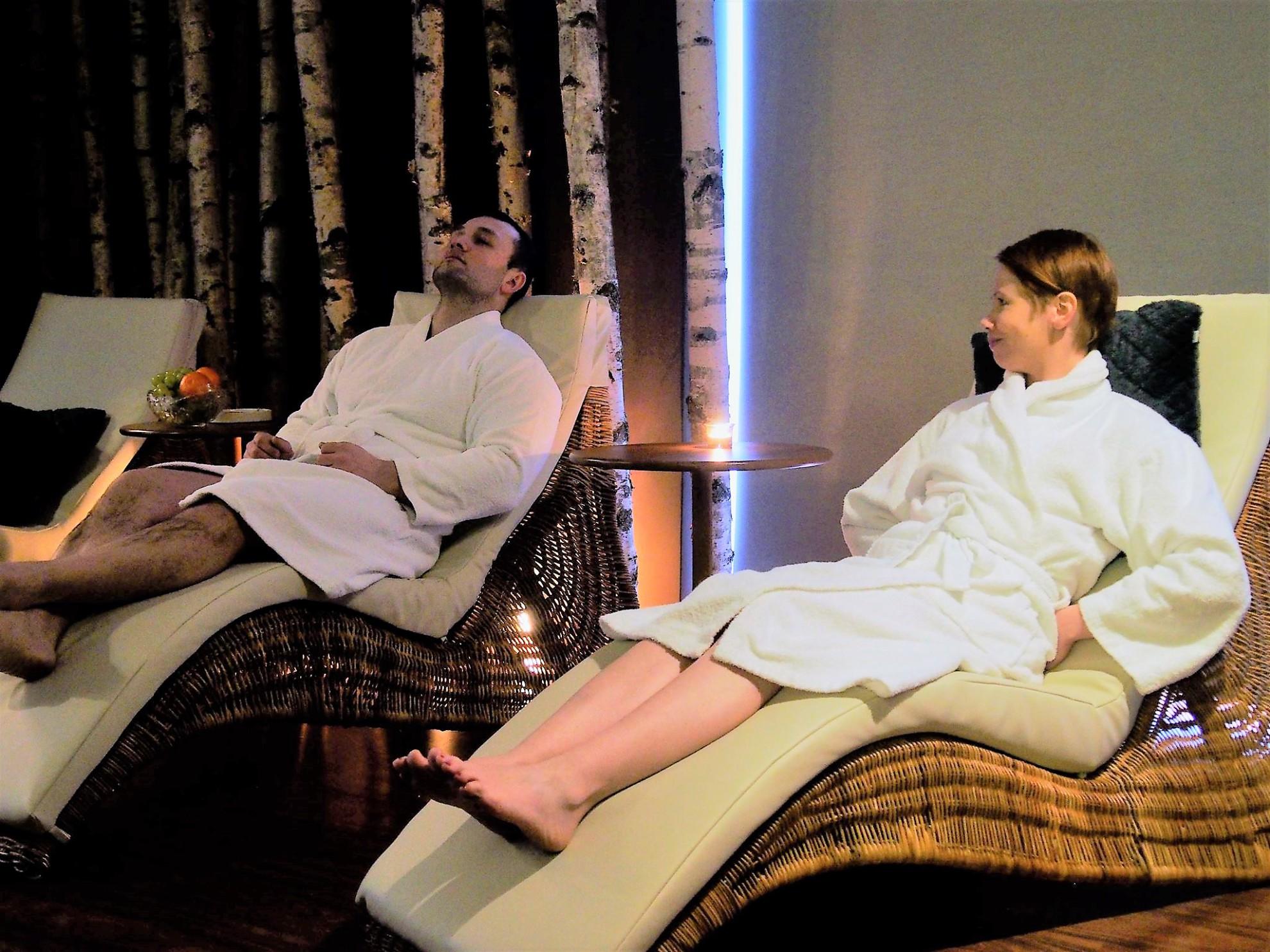 Odpoczynek w pokoju relaksu _ Dotyk Natury Day Spa